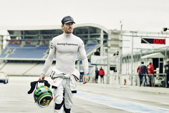 Michael Fassbender: Hollywood-Star auf dem Weg nach Le Mans - Foto: Porsche AG