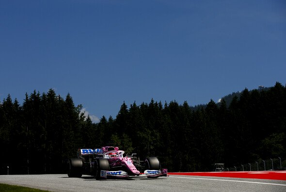 Sergio Perez holt die erste Saisonbestzeit für Racing Point - Foto: LAT Images