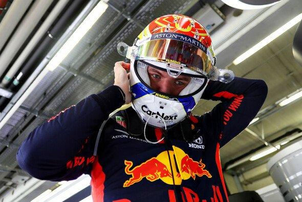 Max Verstappen fühlt sich im Red Bull beim zweiten Auftritt der Formel 1 in Österreich deutlich wohler - Foto: LAT Images