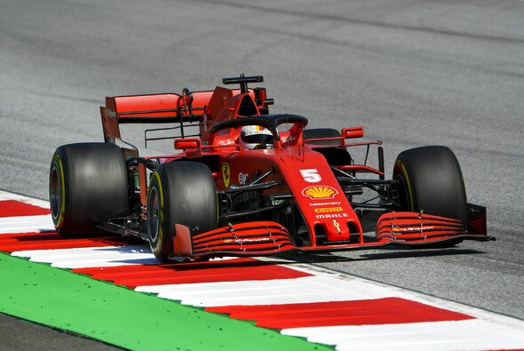 Sebastian Vettel hofft auf ein positives Ergebnis mit den Updates - doch Zweifel bleiben - Foto: LAT Images
