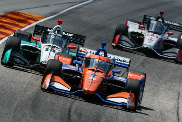 3 von 3: Scott Dixon gewinnt auf der Road America - Foto: IndyCar