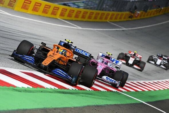 Lando Norris setzte sich beim Steiermark GP wieder gegen Racing Point durch - Foto: LAT Images