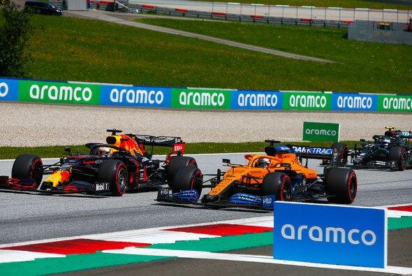 Carlos Sainz konnte im McLaren beim Steiermark-GP glänzen - Foto: LAT Images