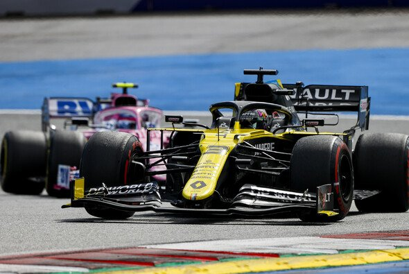 Daniel Ricciardo sah sich spät einer ungestümen Attacke durch Lance Stroll ausgesetzt - Foto: LAT Images