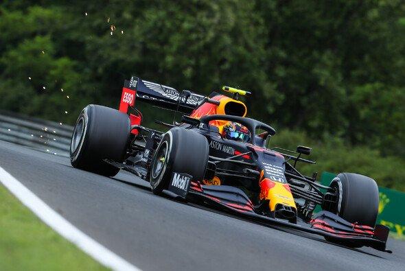 Der Red Bull RB16 überzeugt Max Verstappen und Alex Albon in Ungarn noch nicht - Foto: LAT Images