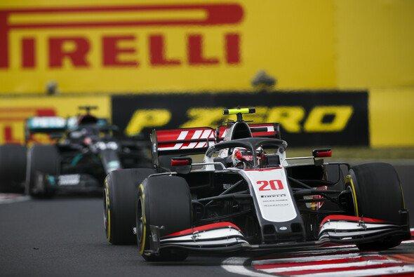 Kevin Magnussen wurde nach dem Ungarn GP wie Haas-Teamkollege Romain Grosjean von der FIA bestraft - Foto: LAT Images