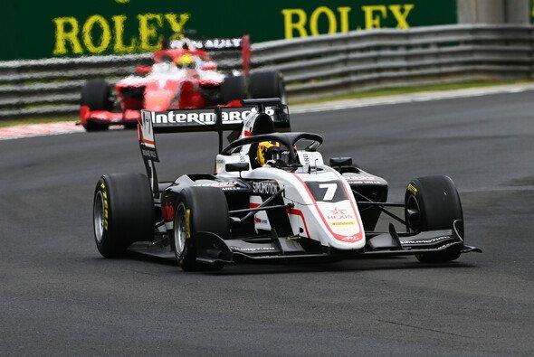 Theo Pourchaire holt in Budapest seinen zweiten Formel-3-Sieg - Foto: LAT Images
