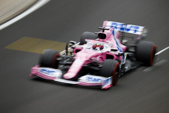 Sergio Perez fühlte sich am Samstag beim Formel-1-Qualifying in Ungarn nicht wohl - Foto: LAT Images