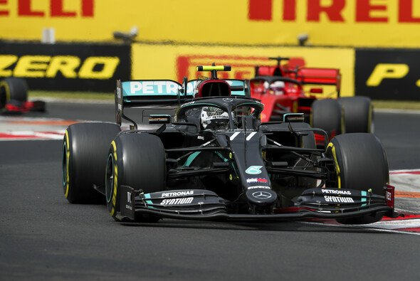 Sebastian Vettel musste sich von Mercedes überrunden lassen - Foto: LAT Images