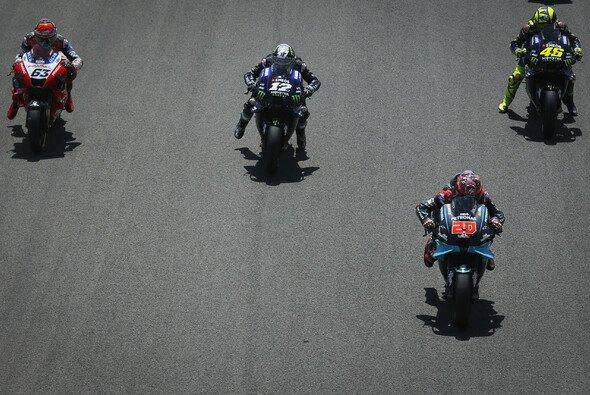 Das zweite MotoGP-Rennen wurde zur großen Yamaha-Show - Foto: MotoGP.com