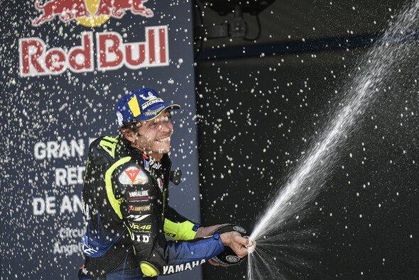 Valentino Rossi stand in Jerez nach langer Zeit wieder auf dem Podium - Foto: MotoGP.com
