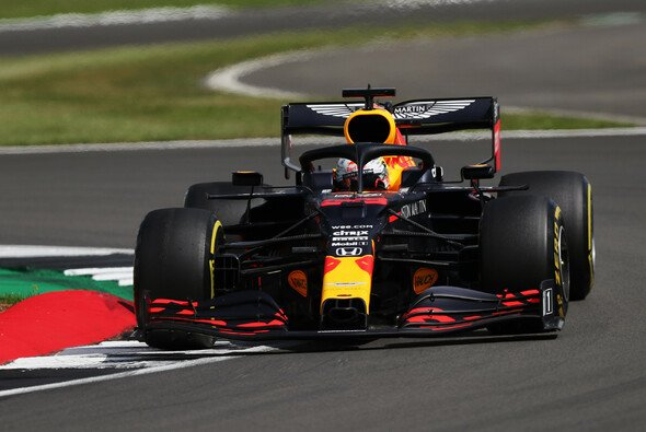 Hätte Max Verstappen das Rennen ohne den späten Stopp gewonnen? - Foto: LAT Images