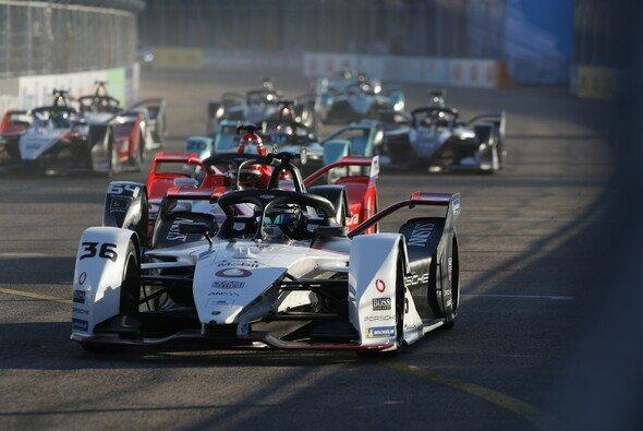 Sat.1 zeigt ab 2021 die Formel E im Fernsehen - Foto: LAT Images