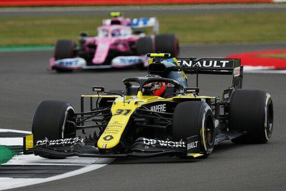 Renault offenbarte in den Trainings für Silverstone II eine gewagte Strategie - Foto: LAT Images