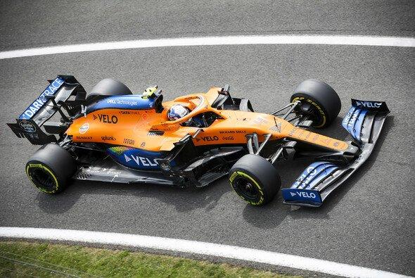 Nur zwei Punkte: McLaren muss sich in der Hitze von Silverstone hinten anstellen - Foto: LAT Images
