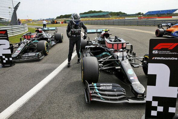 Mercedes dominierte 2020 die F1-Qualifyings, hier in Silverstone - Foto: LAT Images