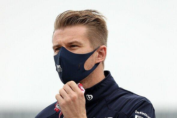 Nico Hülkenberg ist während der Formel-1-Saison 2021 als Experte bei ServusTV aktiv. - Foto: LAT Images