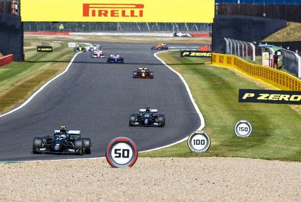 Mercedes konnte die Doppelführung nicht vor Max Verstappen behaupten - Foto: LAT Images