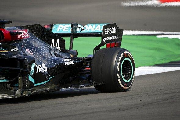 Lewis Hamilton kämpfte in Silverstone das gesamte Rennen über mit Blistering - Foto: LAT Images