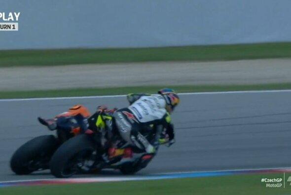 Zarco und Espargaro gerieten aneinander - Foto: MotoGP/Twitter