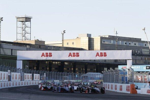 Zum zweiten Mal in Folge trägt die Formel E ihr Saisonfinale in Berlin aus - Foto: LAT Images