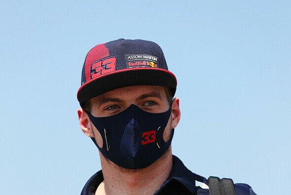 Max Verstappen rechnet sich ohne erneutes Reifen-Debakel bei Mercedes in Barcelona kaum Chancen aus - Foto: LAT Images