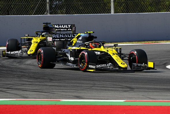 Renault fuhr in Barcelona den Punkten hinterher - Foto: LAT Images