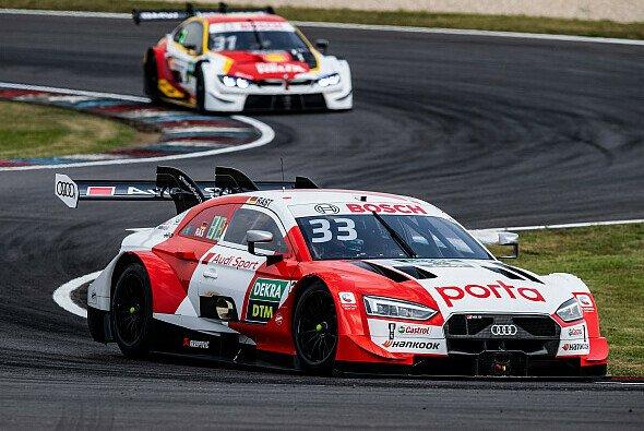 Rene Rast feiert seinen ersten Saisonsieg in der DTM - Foto: Audi Communications Motorsport