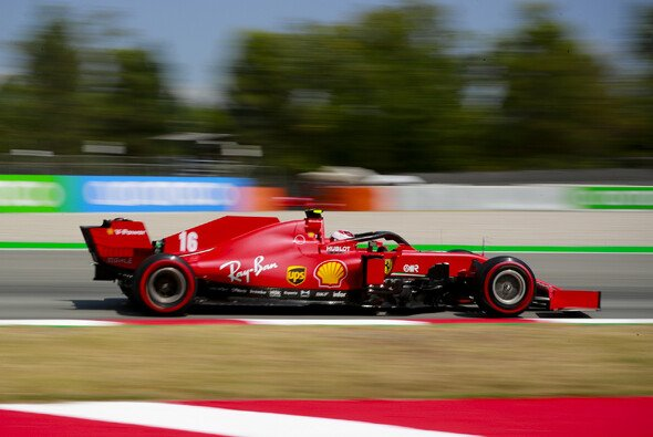 Charles Leclerc entging beim Formel-1-Rennen in Barcelona trotz Regelverstoß einer Strafe - Foto: LAT Images