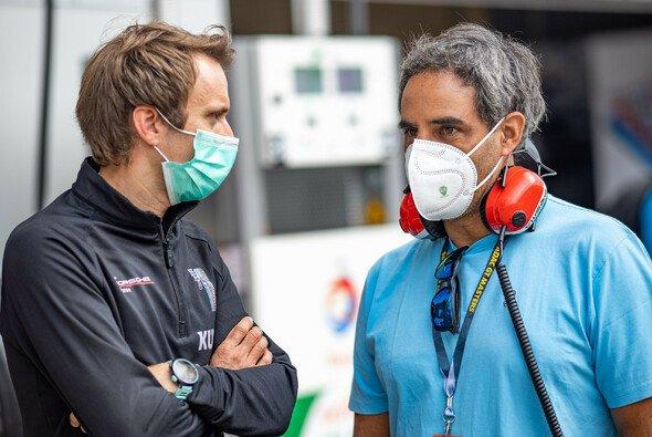 Legenden: Juan Pablo Montoya (r.) traf am Nürburgring ADAC GT Masters-Teamchef Timo Bernhard - Foto: ADAC GT Masters