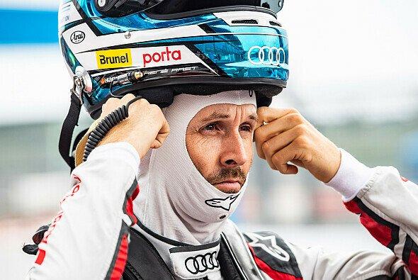 Rene Rast, Nico Müller und Robin Frijns blicken auf einen Motorsport-Marathon zurück - Foto: Audi Communications Motorsport