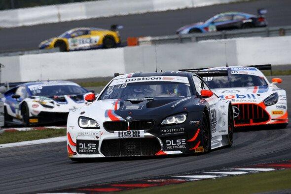 Schubert Motorsport hatte mit dem BMW M6 GT3 auf dem Nürburgring einen schweren Stand - Foto: Alexander Trienitz