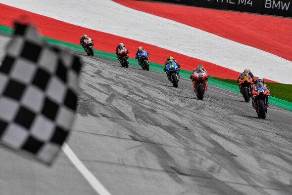 Konzentrierter Wahnsinn: Die letzten Meter im Steiermark-GP - Foto: MotoGP.com