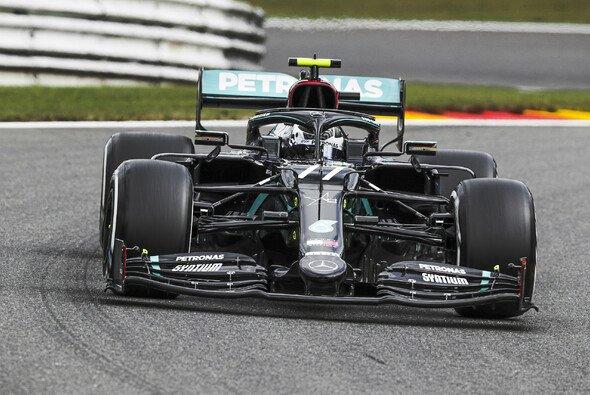 Valtteri Bottas holt sich die Bestzeit im 1. Freien Training zum Belgien GP in Spa - Foto: LAT Images