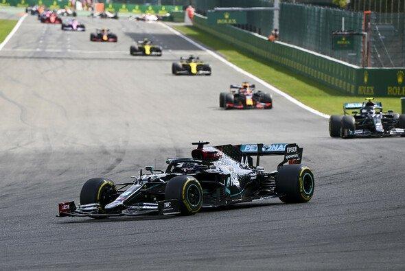 Lewis Hamilton fuhr beim Formel-1-Rennen in Spa-Francorchamps einen ungefährdeten Sieg ein - Foto: LAT Images