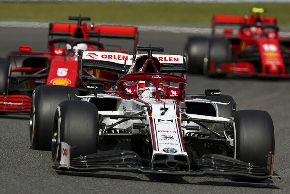 Ferrari landete in Spa sogar hinter Kimi Räikkönen im Motorenkunden-Alfa - Foto: LAT Images