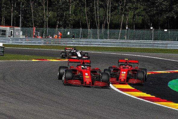 Sebastian Vettel und Charles Leclerc stehen nach der Belgien-Blamage vor einem vielleicht noch härteren Ferrari-Heimrennen in Monza - Foto: LAT Images