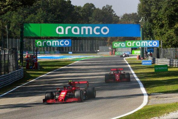 Sebastian Vettel und Charles Leclerc hatten in Monza mit einem schwer fahrbaren Ferrari zu kämpfen - Foto: LAT Images