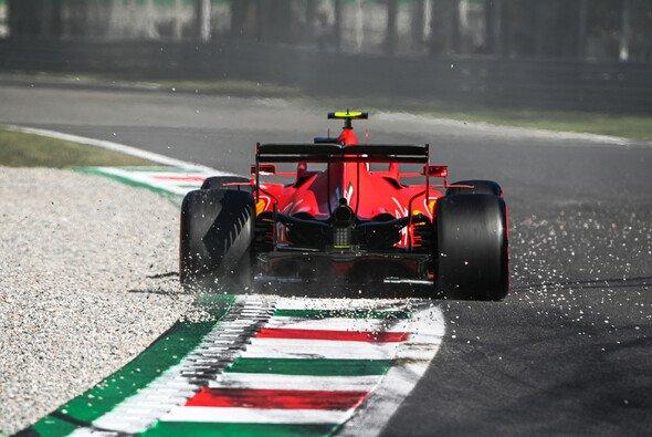 Ferrari startet in Erwartung einer derben Heimniederlage in den Italien GP in Monza - Foto: LAT Images