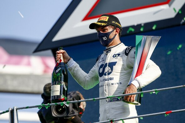 Pierre Gasly gewinnt in Monza - Foto: LAT Images