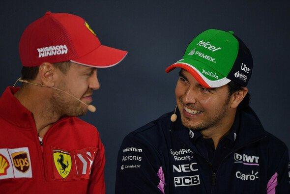 Sebastian Vettel nimmt in der Formel 1 2021 den Platz von Sergio Perez bei Racing-Point-Nachfolger Aston Martin ein - Foto: LAT Images