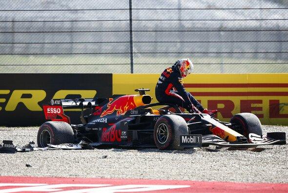 Max Verstappen gehörte zu den Opfern des Crashs in der ersten Runde von Mugello - Foto: LAT Images