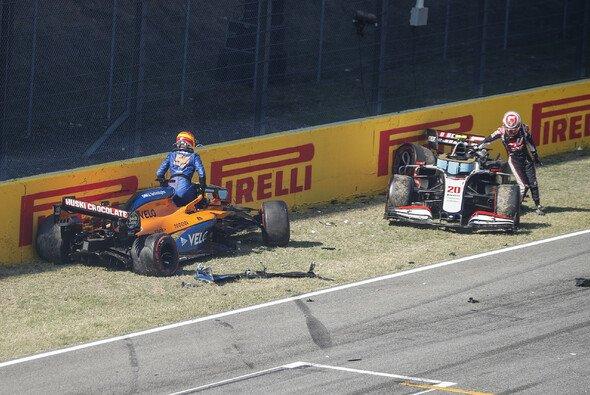 Zwölf Fahrer sind Schuld am Restart-Crash von Mugello. - Foto: LAT Images