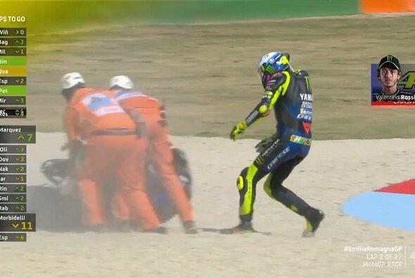 In der 2. Runde war Rossis Rennen bereits zu Ende - Foto: MotoGP/Twitter