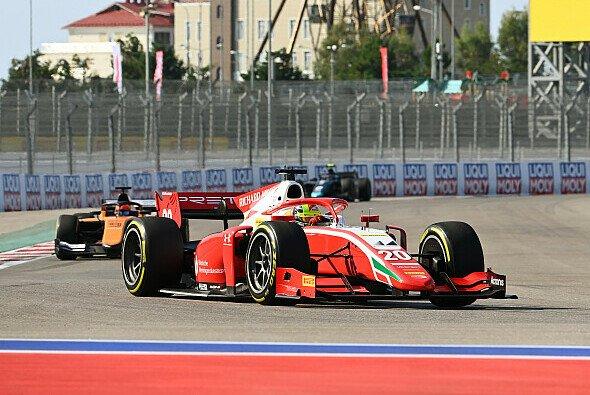 Mick Schumacher gewinnt in Sotschi erneut ein Formel-2-Hauptrennen - Foto: LAT Images
