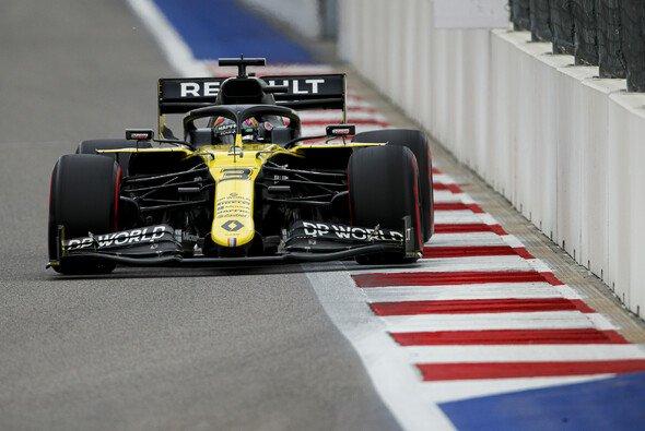 Ricciardo sicherte sich in Sotschi Startplatz fünf - Foto: LAT Images