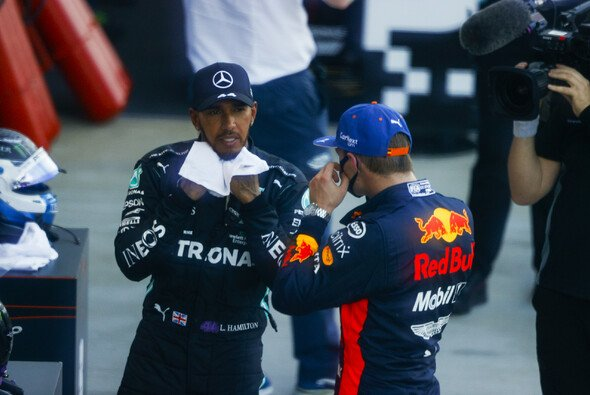 Max Verstappen empfindet die Strafpunkte für Lewis Hamilton beim Formel-1-Rennen in Russland als nicht angemessen - Foto: LAT Images