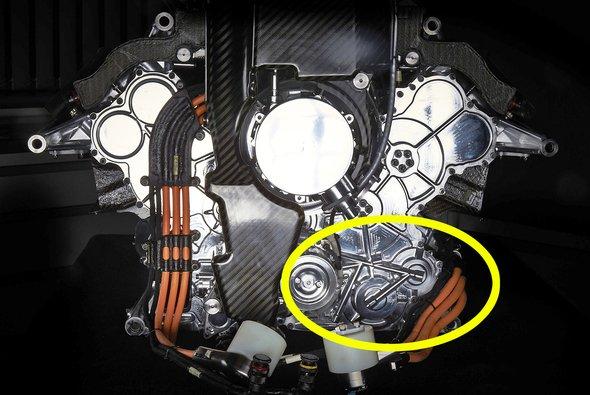 Die MGU-K sitzt direkt an der Kurbelwelle der Formel-1-Motoren - Foto: Mercedes