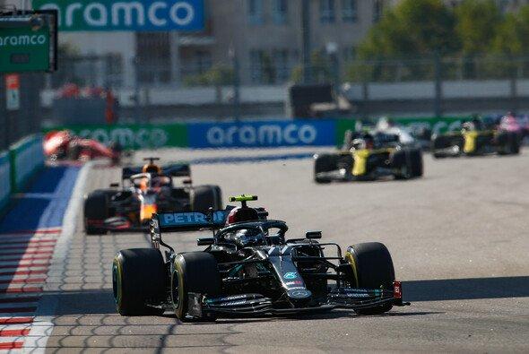 Valtteri Bottas hat beim Formel-1-Rennen in Russland seinen zweiten Sieg in der Saison 2020 gefeiert - Foto: LAT Images