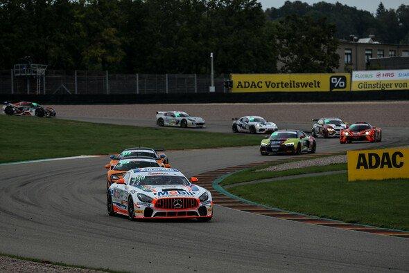Siegerauto der ADAC GT4 Germany auf dem Sachsenring: Der Mercedes-AMG GT4 vom Team Zakspeed - Foto: ADAC GT4 Germany